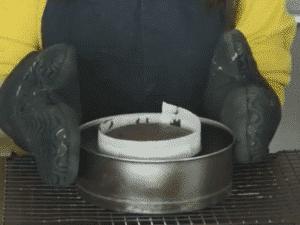 古典巧克力蛋糕出爐