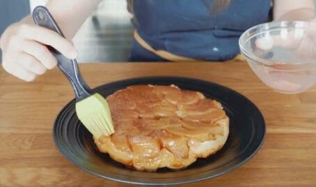 擦在蘋果塔表面增添光澤