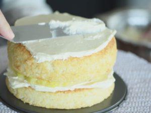 再疊一層蛋糕重複動作